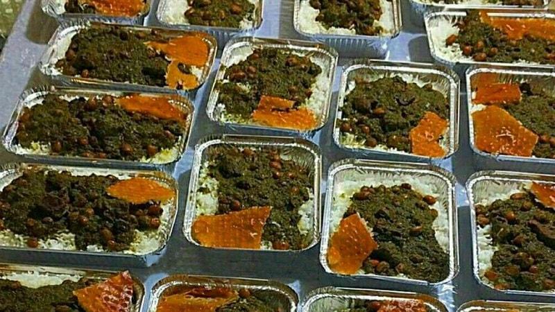 طرز تهیه قورمه سبزی نذری برای 100 نفر