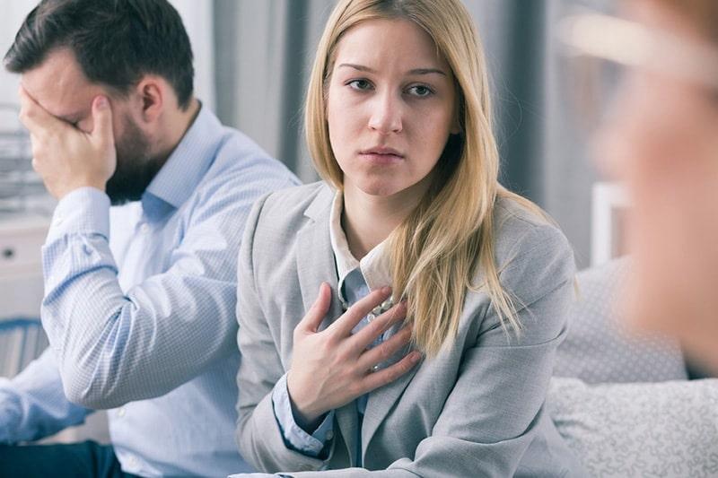 نشانه های تنفر مرد از زن